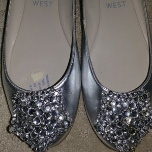 Barely used ballet flats with jeweled stones